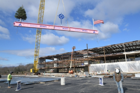 Beam topping ceremony at Geisinger St. Luke's Hospital