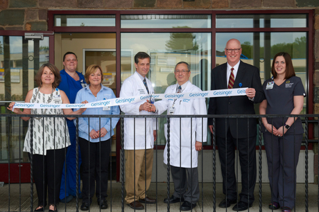 Ribbon cutting at Tannersville pediatric clinic