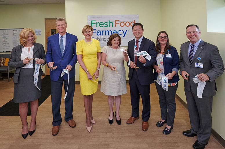Geisinger leadership cut the ribbon at the Geisinger Fresh Food Farmacy in Scranton.