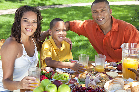 Family eating fruits and vegetables